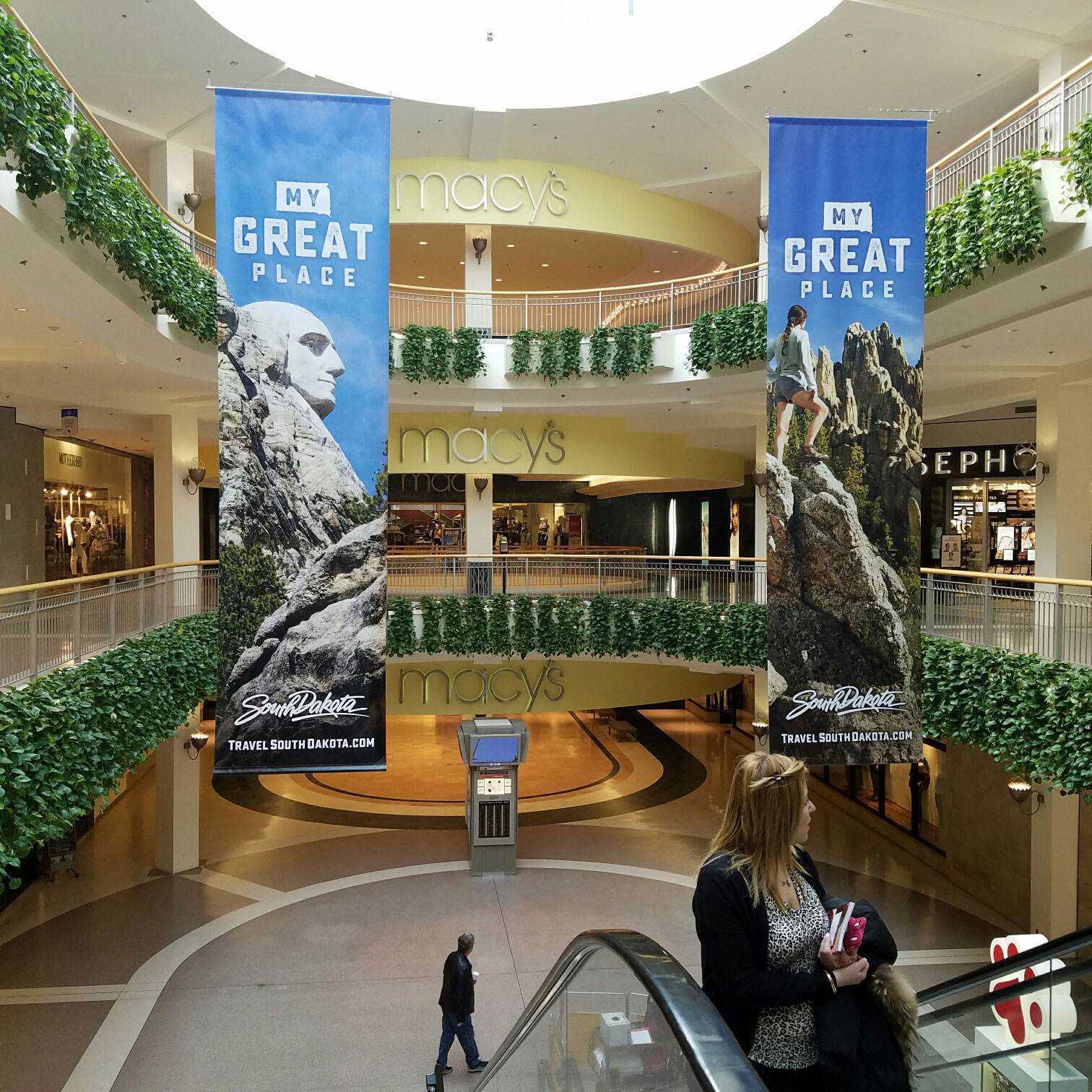 South Dakota Tourism 2017 Mall of America Out of Home Creative